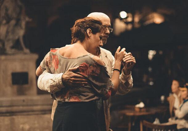 Harmonicke manzelstvo - tancujúci manželský pár
